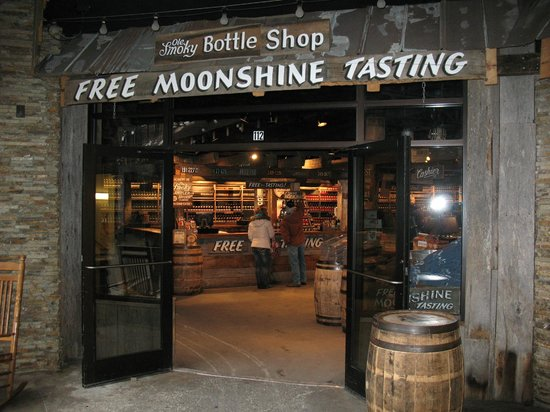 ole-smoky-moonshine-distillery